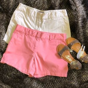 Vineyard Vines woman's preppy set of shorts  12